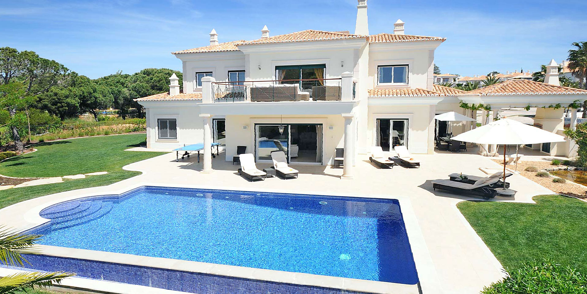Luxury holiday homes in Javea